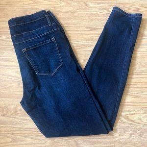 Refuge women's size 10 Navy Blue Classic Jeans